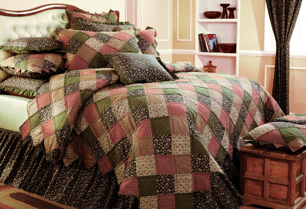 Scottsdale AZ heirloom bedding